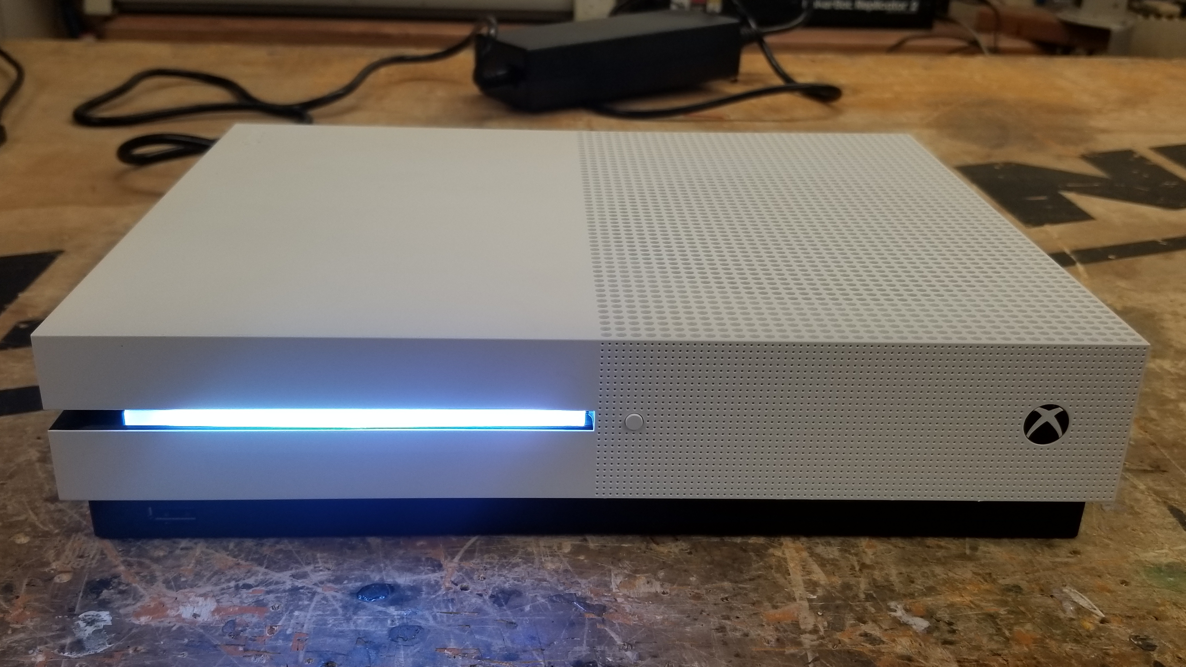 Xbox One S Converted Into A Gaming Theater Pc Motherboard 360 Parts List Intel Core I3 7100 39ghz Dual Processor Thermaltake Clp0534 224 Cfm Cpu Cooler Msi B250i Pro Ac Mini Itx Lga1151